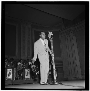 [Portrait of Louis Armstrong, Carnegie Hall, New York, N.Y., ca. Feb. 1947] (LOC)